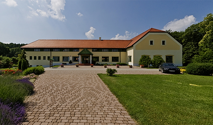 Szépalma Hotel and Stud Farm